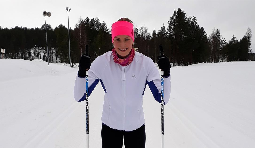 Uimari Jenna Laukkanen toivoo Vuokatti Hiihtoon veden sijaan aurinkoa